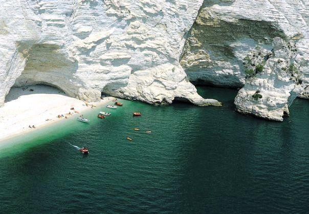 Escursioni in barca grotte marine di Vieste