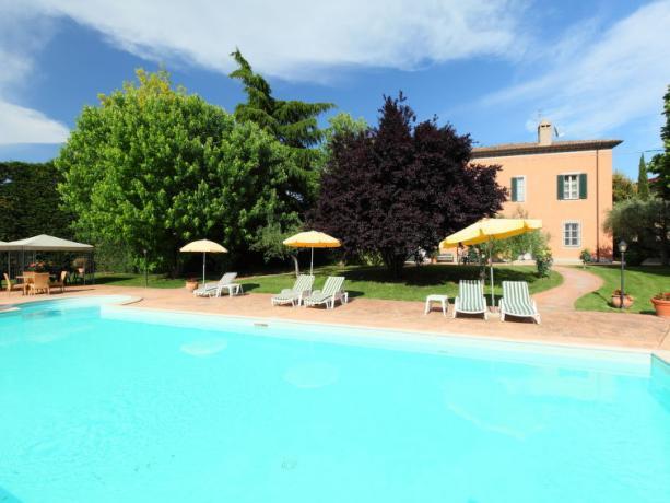 Piscina in Villa Vacanza in Umbria