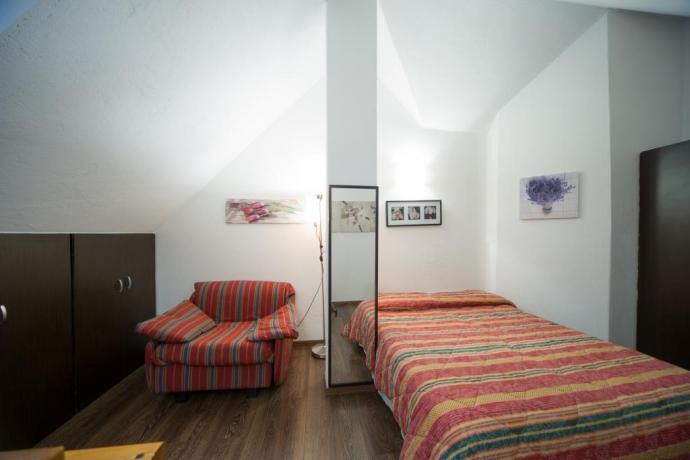 Camera 3posti-letto specchio appartamento-bilocale soppalcato Bardonecchia