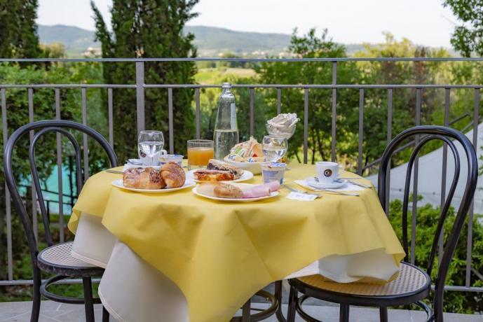 Colazione vista panoramica Resort con ristorante Toscana