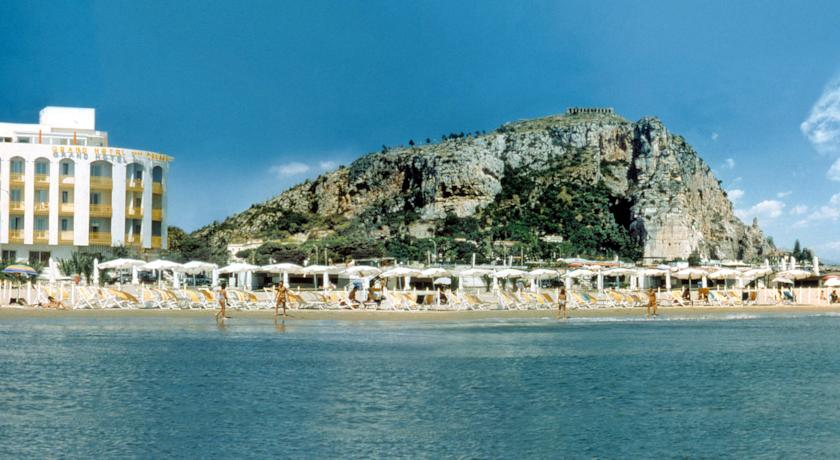 Matrimonio Spiaggia Terracina : Terracina hotel stelle con spiaggia privata fronte mare