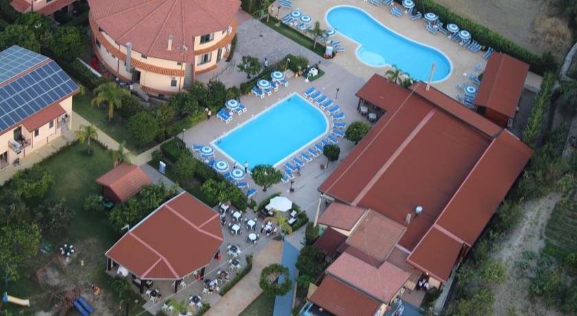 vista dall'alto residence a badolato