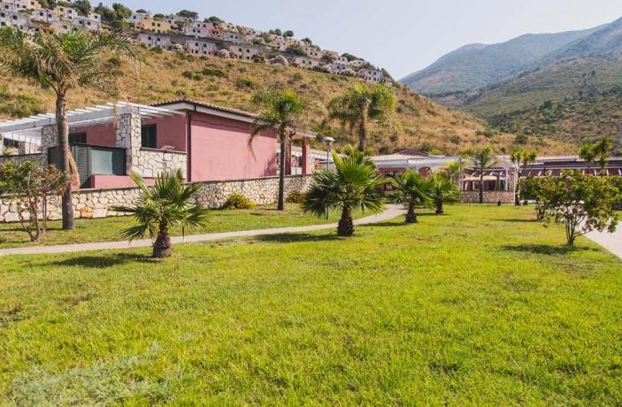 Giardino Esterno per Bambini-Arcella Village con Animazione