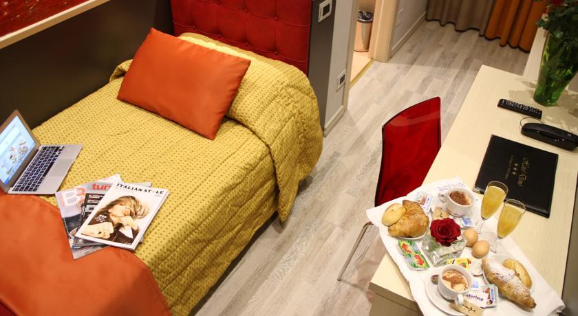 Colazione in camera all'hotel di Milano