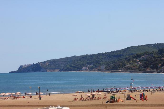 Spiaggia vicino a hotel Puglia Rodi Garganico