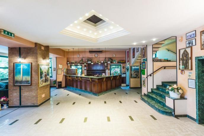 Hall: Hotel per Gruppi Numerosi ad assisi