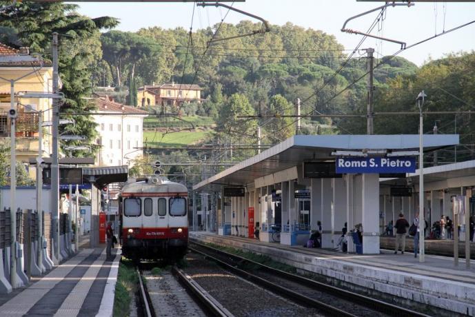 Fermata Metro Roma San Pietro