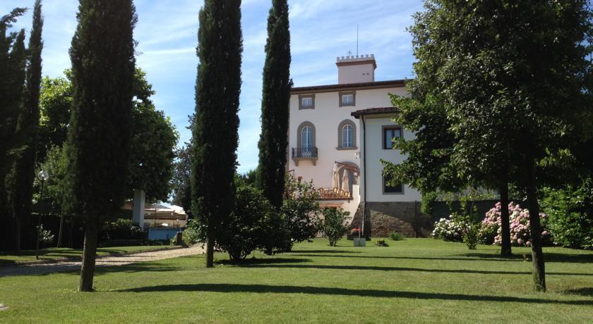 esterno villa Chianti toscana vicino Firenze