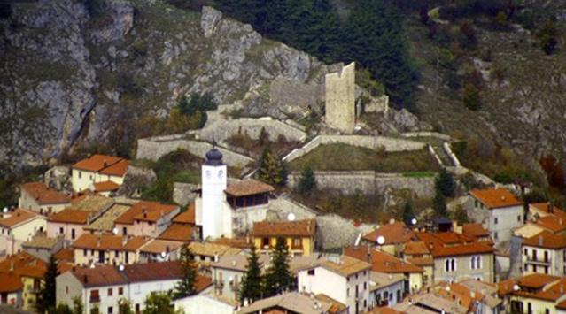 Il paese di Alfedena nel Parco Nazionale d'Abruzzo