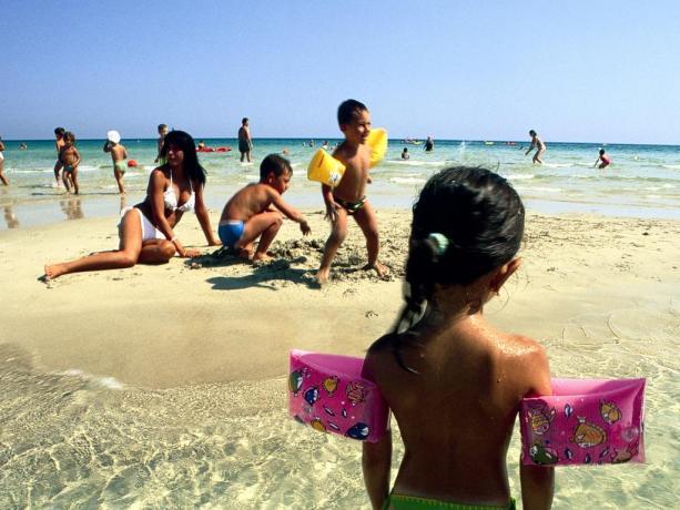 Villaggio Ionio con Spiaggia di Sabbia