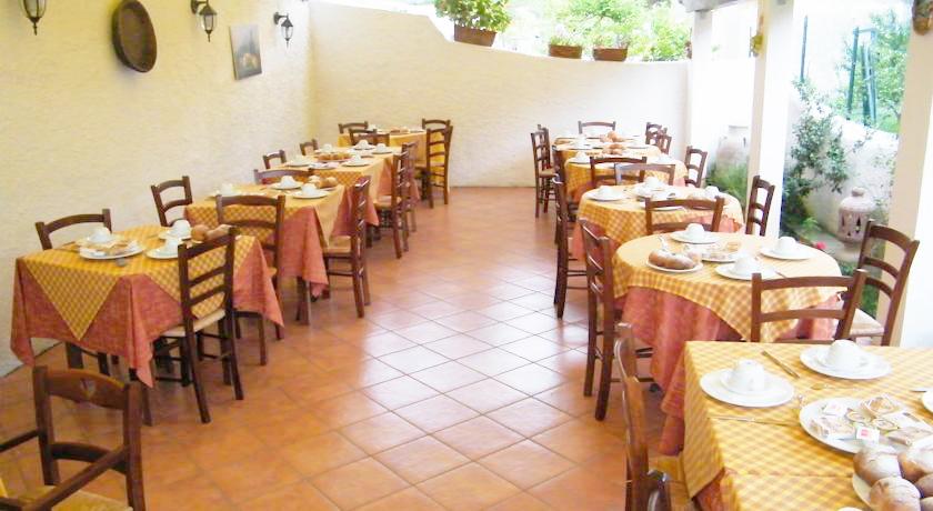 Ristorante cucina tipica casareccia, Albergo Palinuro