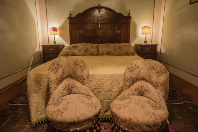 Camera da Letto romantica Villa vicino Arezzo