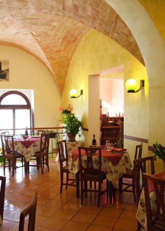 Ristorante dell'albergo di Assisi per 250 persone