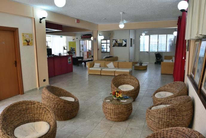 Hotel con Animazione diurna/serale in Calabria