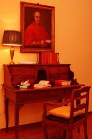 suite cardinale scrittoio