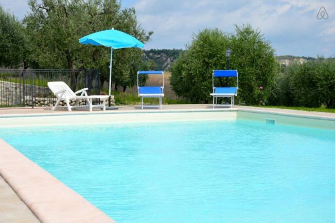 Casale con piscina vicino Orvieto per 14 persone