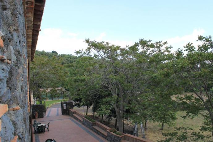 Giardino agriturismo Adrano vicino Parco Etnaland