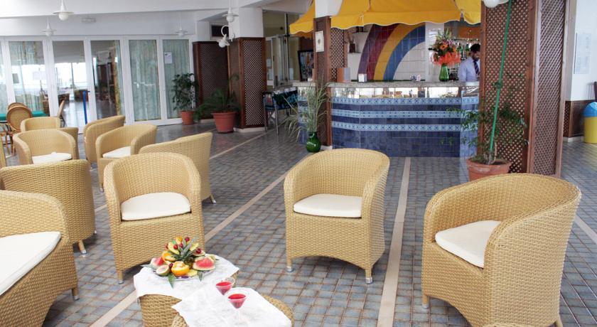 Hotel con Ristorante Bar Piscina nel Salento