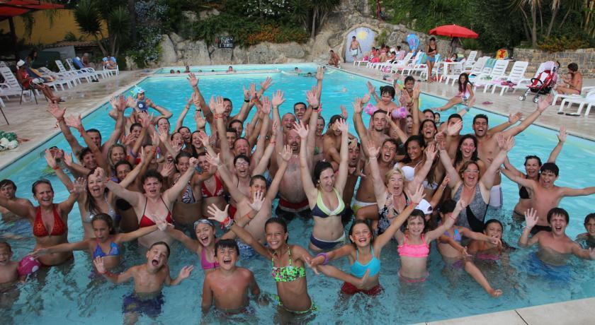 Villaggio con piscina