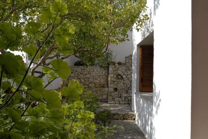 Giardino esterno appartamento in Puglia