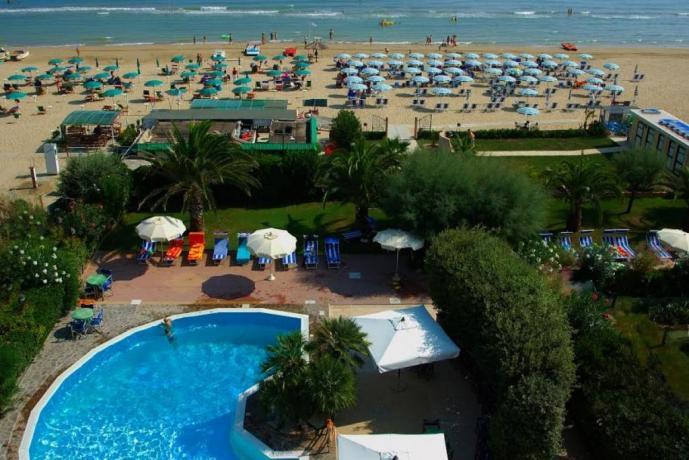 Hotel Abruzzo con accesso diretto alla spiaggia, silvimarina