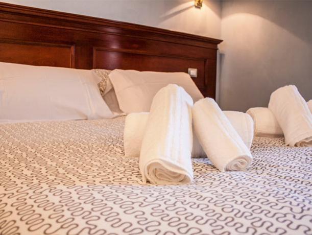 Confortevoli e Ampie camere in Hotel Castelsardo