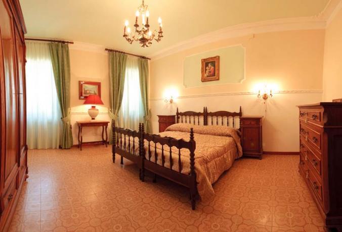 Camera Matrimoniale nella Villa Storica