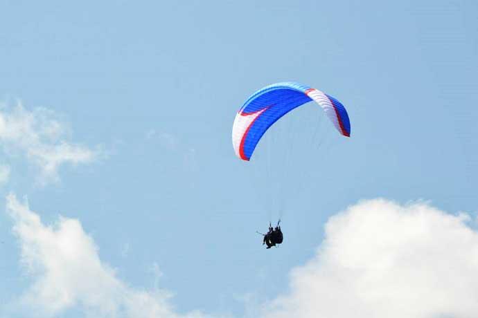 Volare con Parapendio Biposto nel Centro Italia