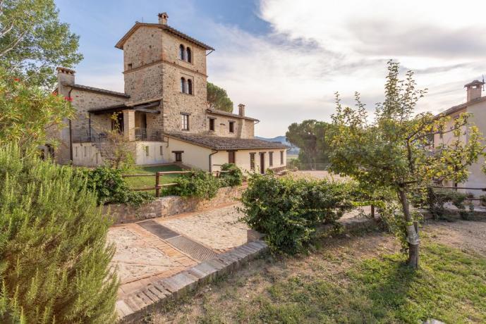 Borgo vicino Assisi con Grande Giardino
