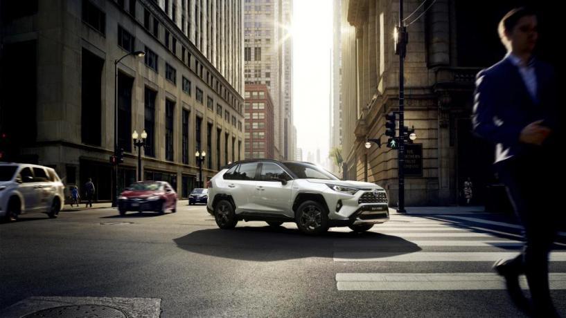 Noleggio Lungo Termine Offerte SUV Ibrido cambio automatico