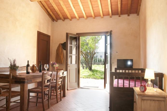 appartamento piano terra, giardino, residence, toscana