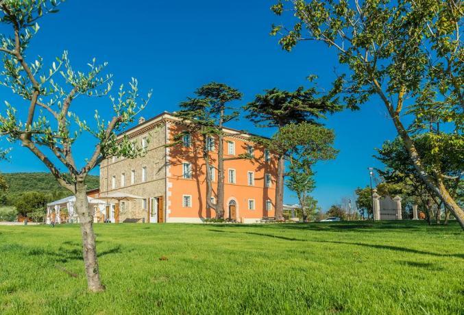 Vacanze romantiche in Umbria con zona relax
