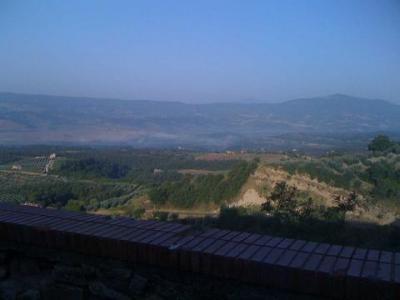 Casale con vista panoramica nella campagna orvietana