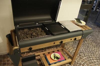 Barbecue Mobili Da Giardino.Mobili Da Giardino In Umbria Mobili Da Giardino Emu In Legno E Ferro In Umbria