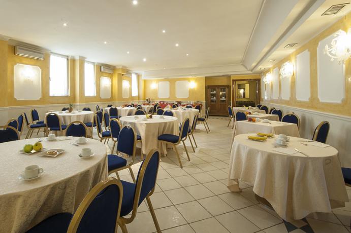 Accogliente Sala Colazioni dell'Hotel Porta Romana
