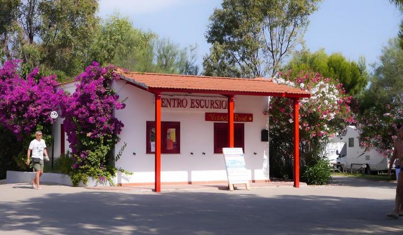 Villaggio con centro escursioni a Peschici