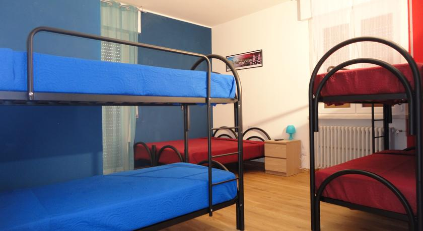 Camere economiche Familiari con Wifi Parcheggio a Pavia