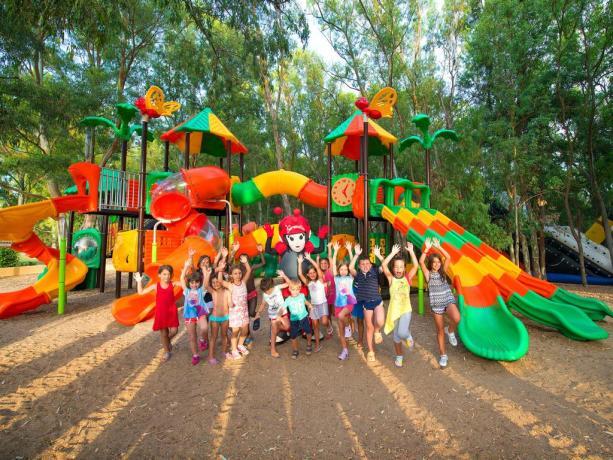 Area Parcogiochi Gigante per i vostri bambini