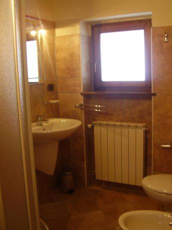 Bagno in camera con servizi