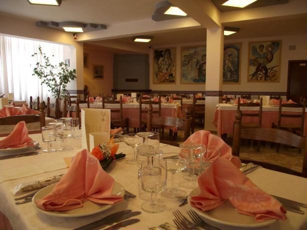 Hotel a Catania con Ristorante esterno