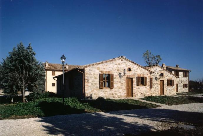 Appartamenti vacanze per gruppi a Ospedalicchio-Umbria