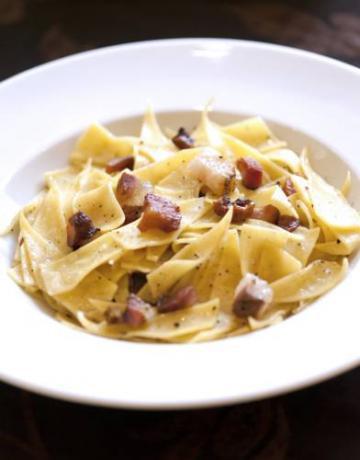 Primo piatto ristorante albergo all'Aquila