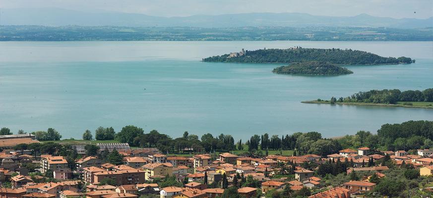 Vista del Lago Trasimeno Umbria