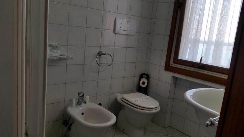 Bagno privato + doccia Hotel Parco Circeo