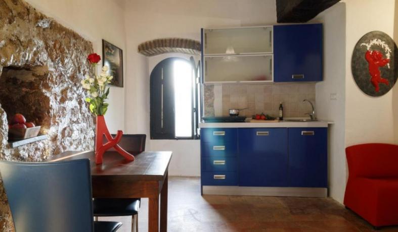 Appartamento-Giolli con-cucina in Borgo-sul-Clitunno Umbria