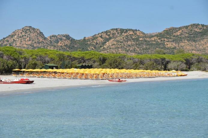 Spiaggia di Cala Ginepro a Orosei in Sardegna