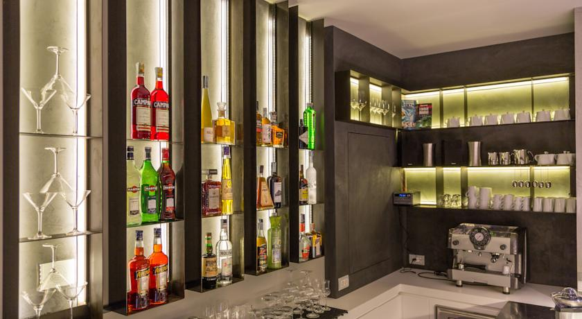 Bar dell'Hotel a Foligno ideale per coppie