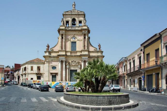 Chiesa dedicata a Santa Venera a Santa Venerina