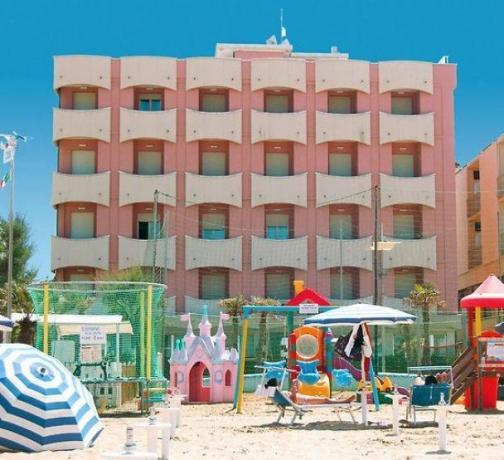 Hotel a Misano con Parco giochi sulla sabbia