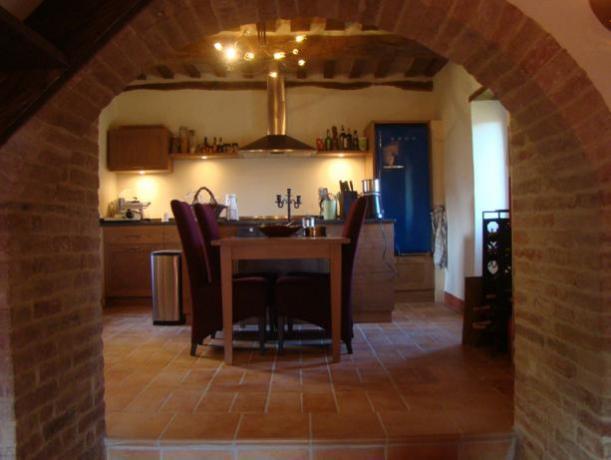 Elegantissima Cucina e Sala da Pranzo